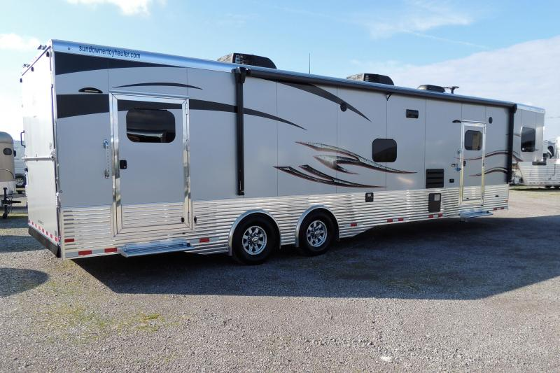 2021 Sundowner 3986OM 8' Tall Toy Hauler