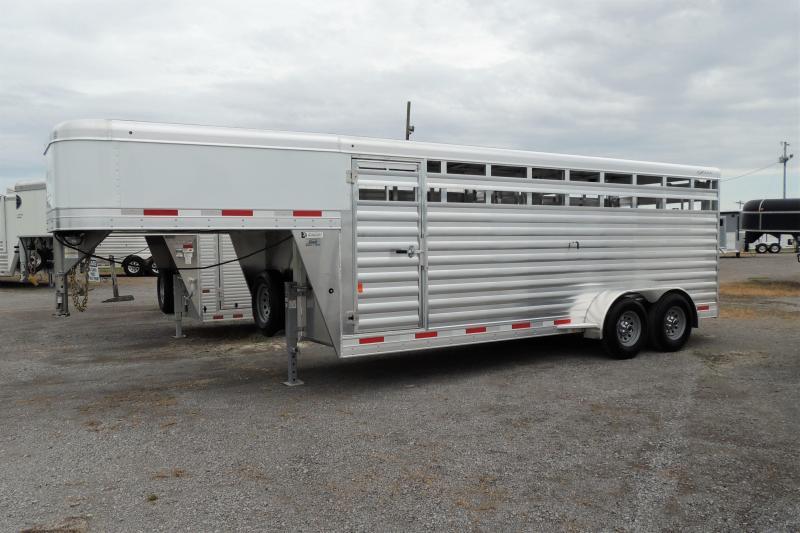2021 Exiss STK 6820 Livestock Trailer