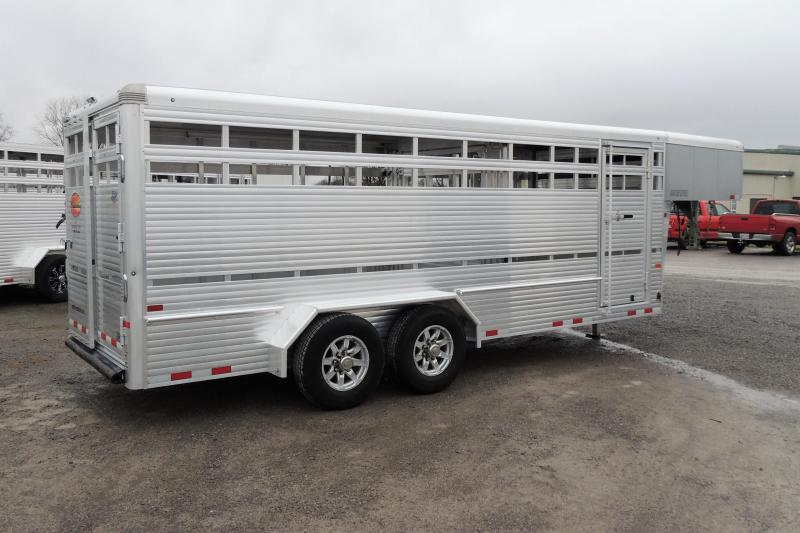 2020 Sundowner Rancher XP 20' DEMO Livestock Trailer