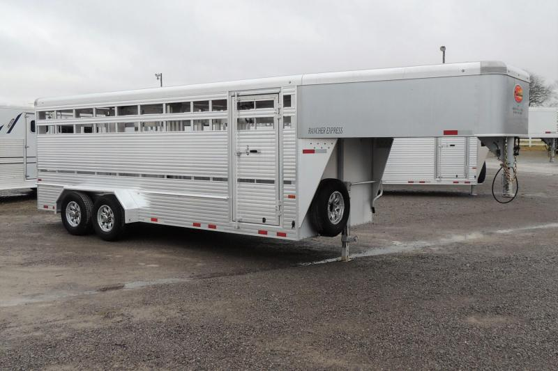 2020 Sundowner Rancher XP 20' DEMO Livestock Trailer