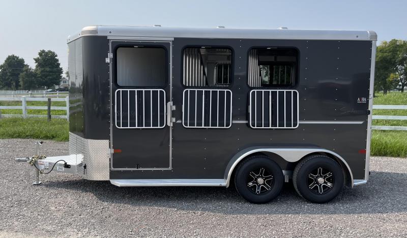 2022 Sundowner Super Sport 3 Horse Bumperpull