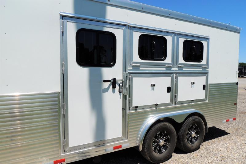 2022 Sundowner Horizon 8014 Slide 3 Horse Trailer