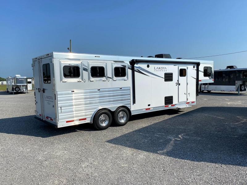 2022 Lakota Charger 8311SR Horse Trailer
