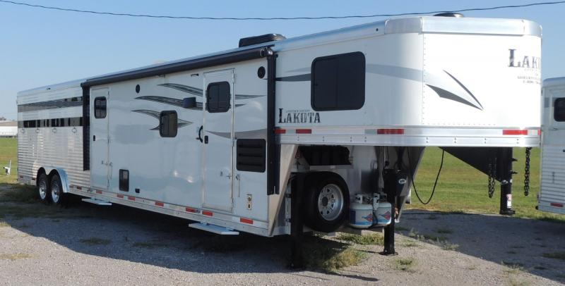 2021 Lakota Charger 81611 Stock Combo Trailer