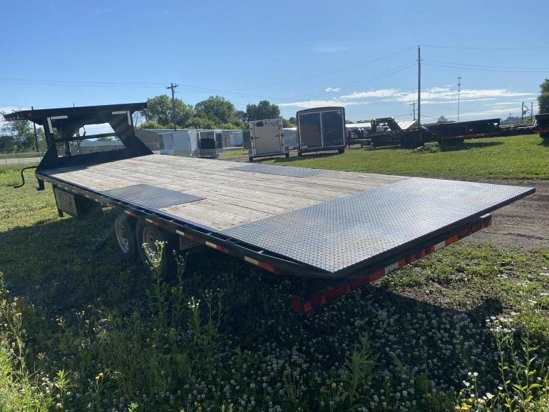 2015 Load Trail 102X26 Gooseneck Power Tilt Equipment Trailer