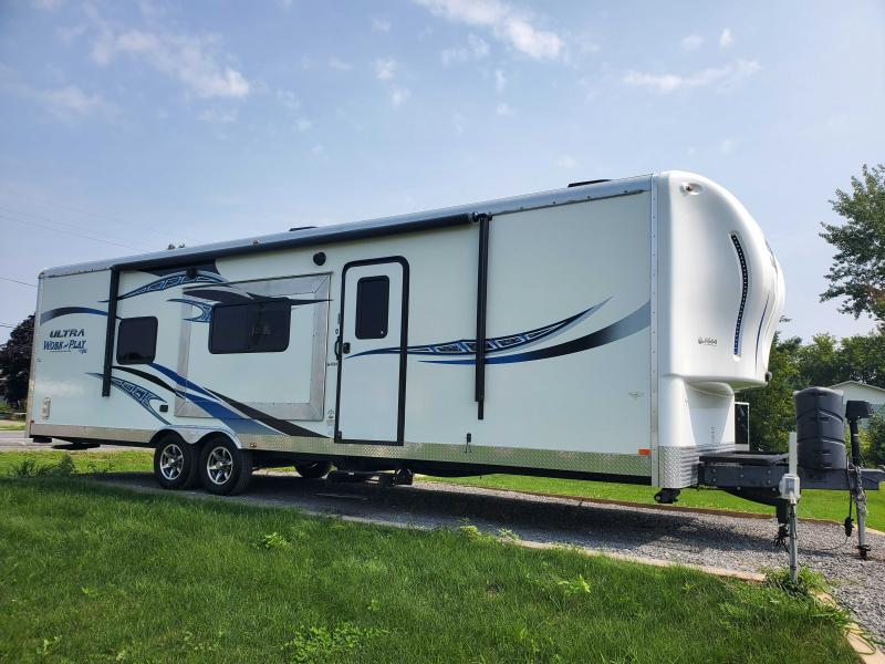 2015 Work And Play Work And Play 28' Toy Hauler RV