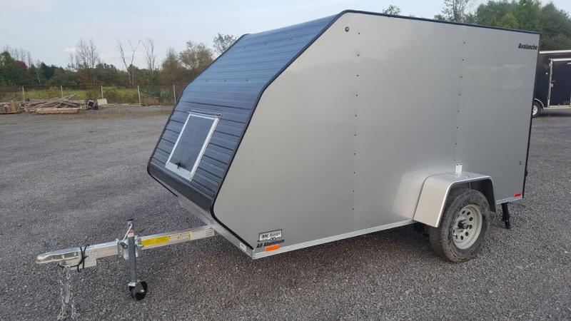 2022 Lightning Avalanche Single 5.5' x 11' Snowmobile Trailer