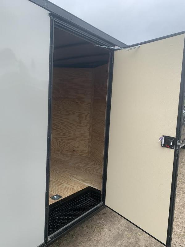 8.5x24 Black Blackout Elite Spread Enclosed Cargo Trailer