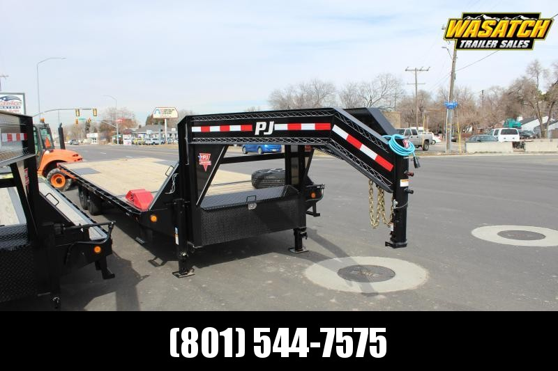 PJ 28 ft - HD Deckover Tilt (T9) Equipment Trailer