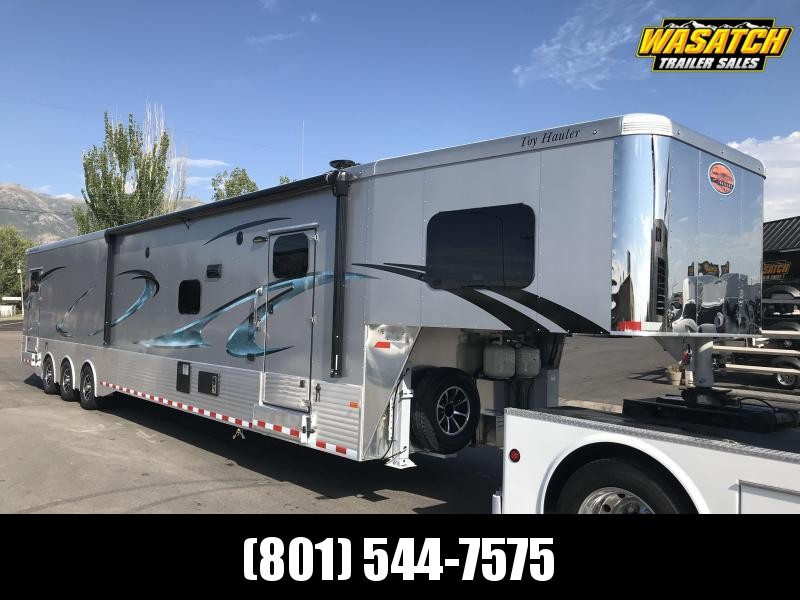 ***Sundowner 48ft (8016) Living Quarter Toy Hauler***