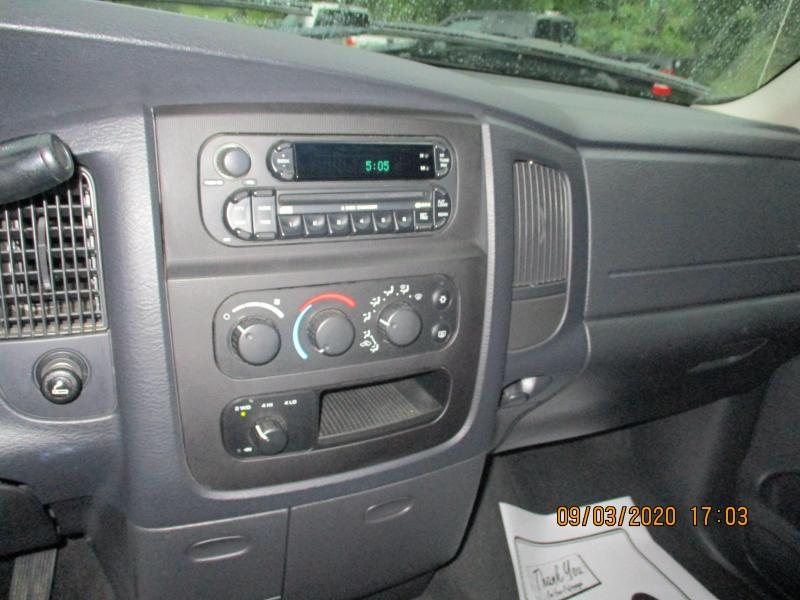 2005 Dodge RAM 1500 SLT Truck