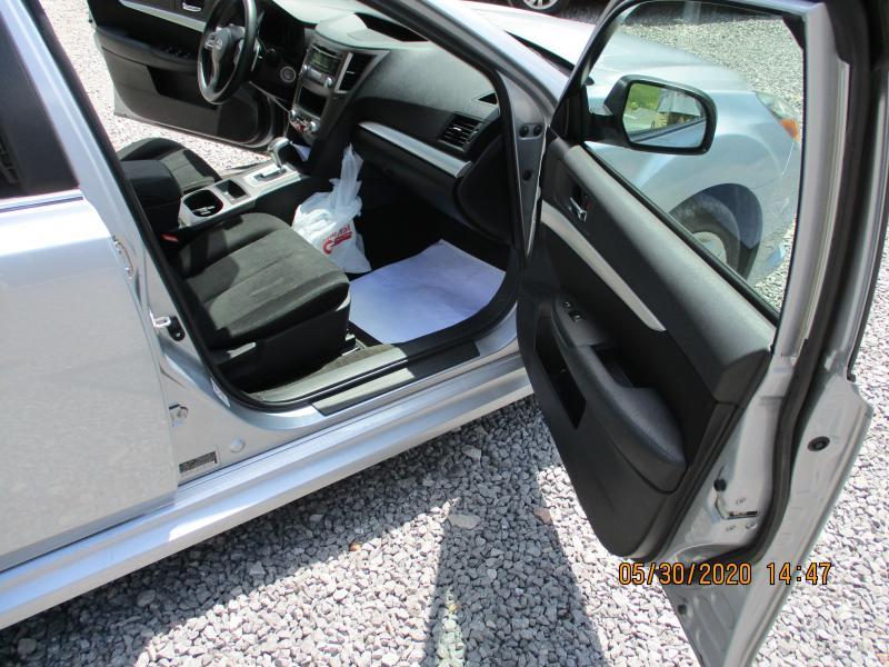 2014 Subaru LEGACY Car