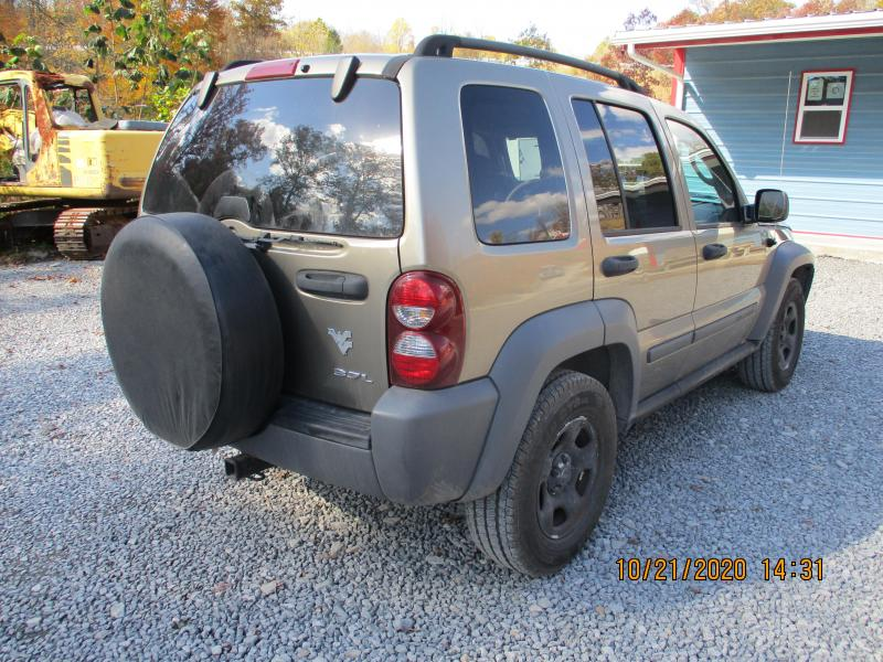 2005 Jeep LIBERTY SUV