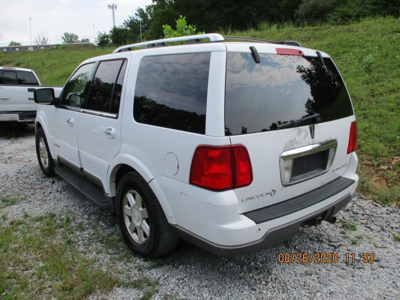 2003 Lincoln NAVIGATOR SUV