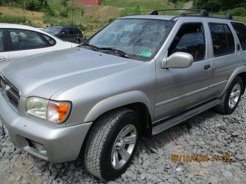 2002 Nissan PATHFINDER LE SUV