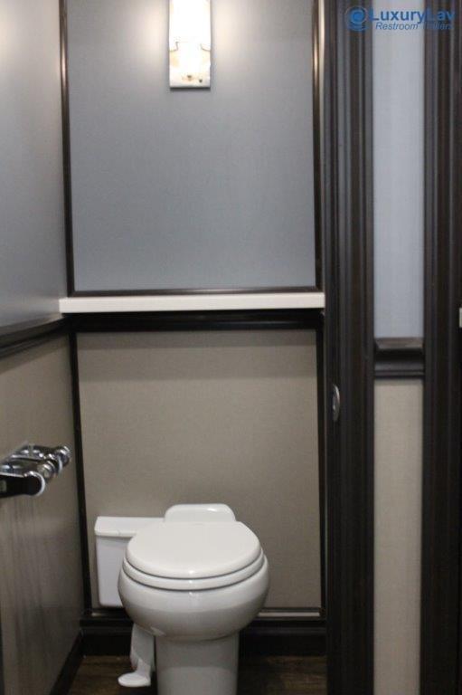110 A LuxuryLav BT Luxury 10 Stall Restroom Trailer