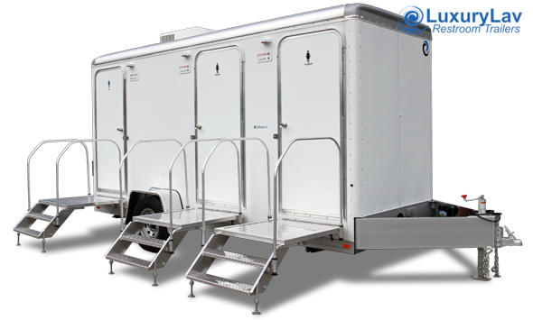 103 LuxuryLav 3 Stall Restroom Trailer