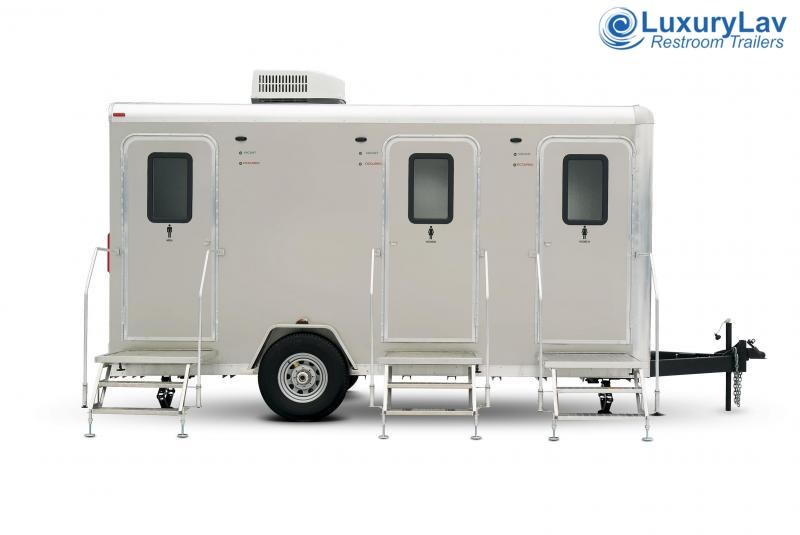 105 Narrow Body 5 Mini Restroom Trailer