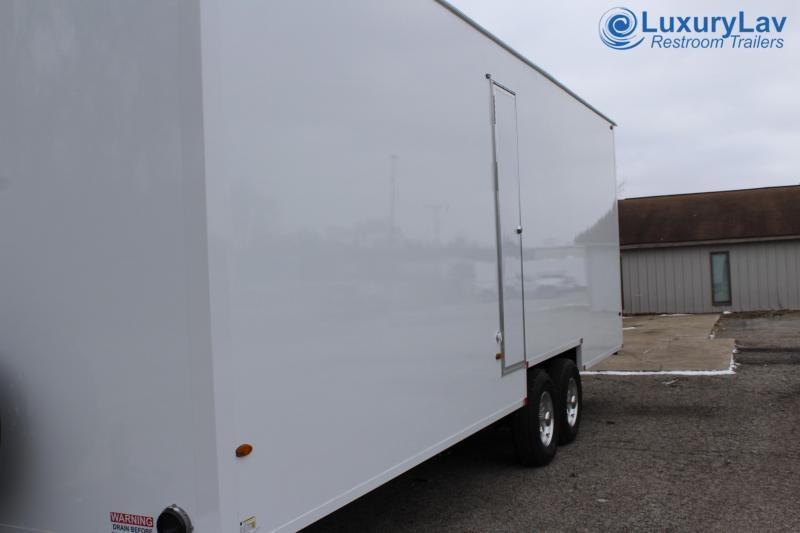 108 A LuxuryLav BT Opt 8 Stall Public ShowerTrailer