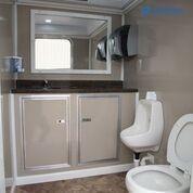 103 LuxuryLav WC ADA+2 Restroom Trailer