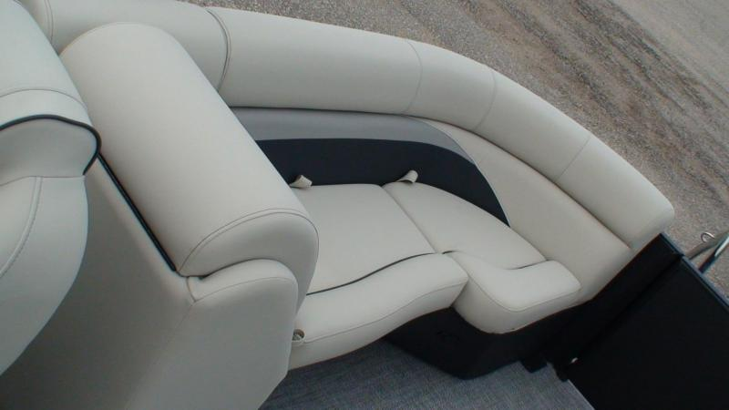 2021 Barletta C22QC TriToon Pontoon Boat