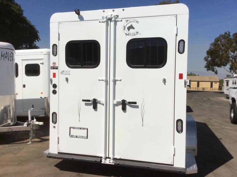 2022 Trails West  CLASSIC II Horse Trailer (WB)