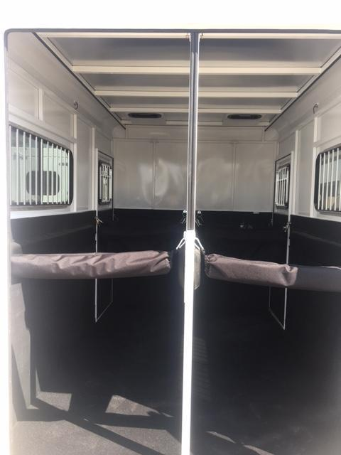 2021 Trails West  ROYALE PLUS 2 Horse Trailer