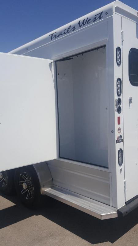 2020 Trails West Manufacturing SIERRA Horse Trailer