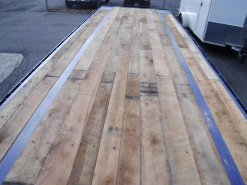 """102""""X40' GN  2-8K 12' Hyd. Dove Tail"""
