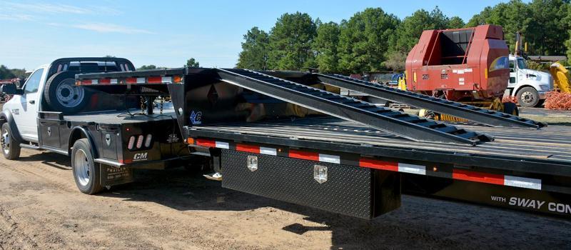 2022 Diamond C Trailers SDX216 Equipment Trailer