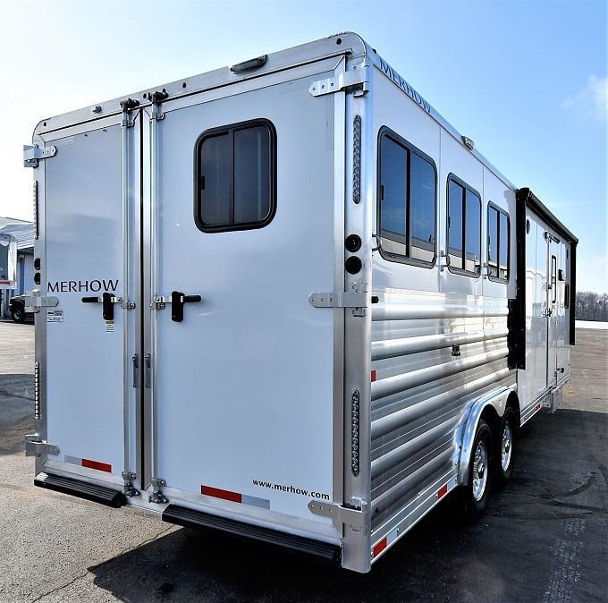 2021 Merhow Trailers 8310 Stampede Horse Trailer