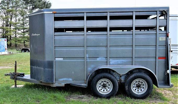 2009 Titan Trailers Challenger 12' Bumper Pull Livestock Trailer
