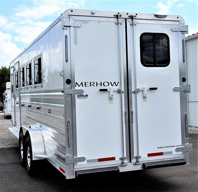 2022 Merhow Trailers Bronco Horse Trailer