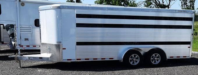 2019 Sundowner Showman Low Pro 20' Pen Trailer