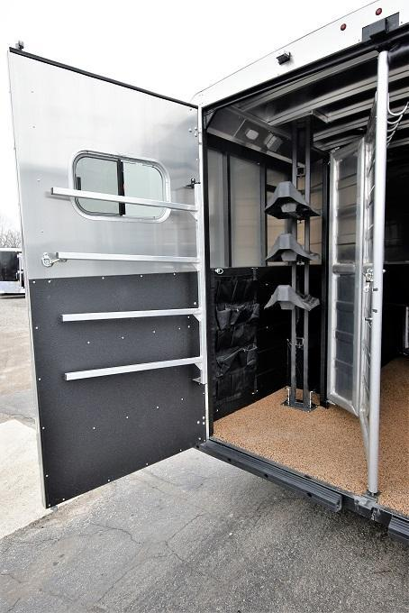 2020 Logan Coach 8310 Limited Horse Trailer
