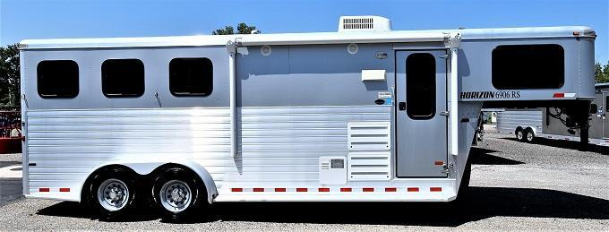 2013 Sundowner Trailers 6906 Horizon Horse Trailer