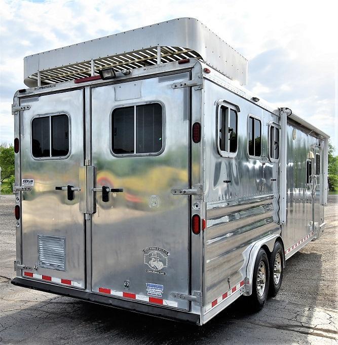 2008 Featherlite 8312 w/Sierra Conversion Horse Trailer