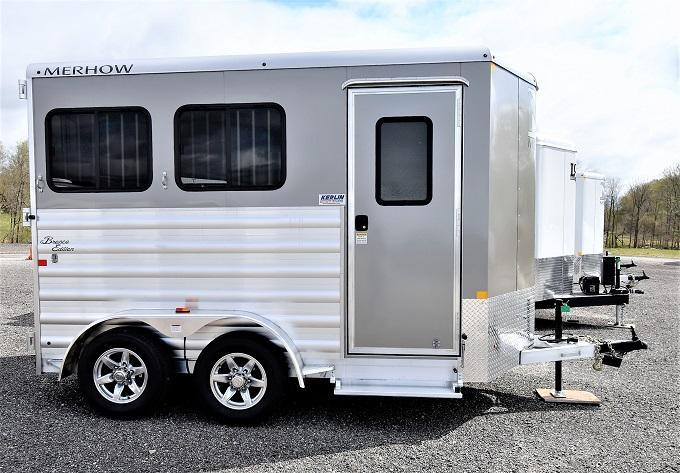 2021 Merhow Trailers Bronco 2-H BP Horse Trailer