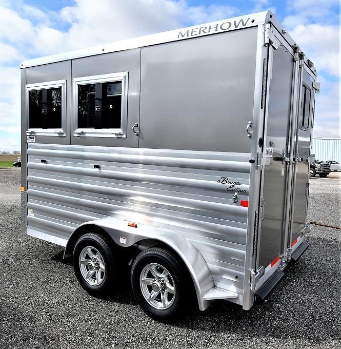 2021 Merhow Trailers Bronco 2-H BP Horse Trailer
