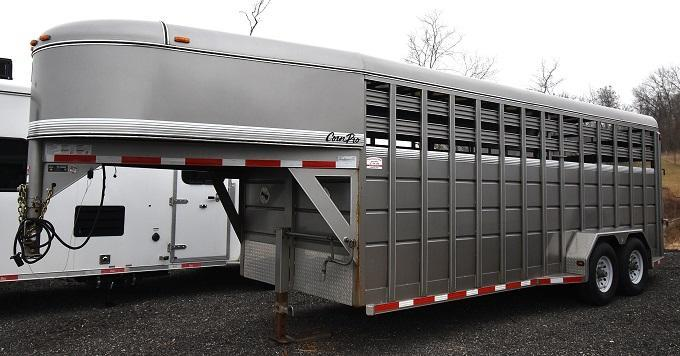 2016 CornPro Trailers 20' Livestock Gooseneck Livestock Trailer