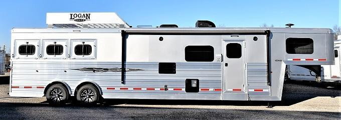 2021 Logan Coach 814 Select Horse Trailer