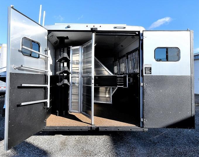 2021 Logan Coach 814 Select Horse Trailer