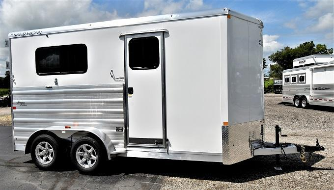 2021 Merhow Trailers Bronco Straight Load BP Horse Trailer