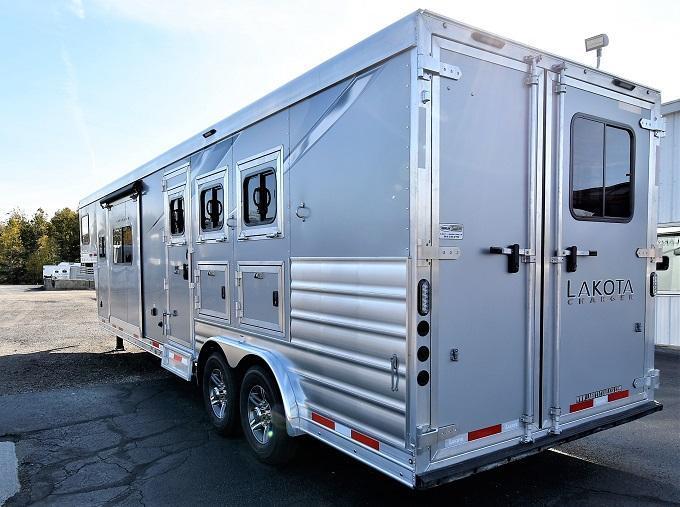2021 Lakota Charger 8313SR Horse Trailer