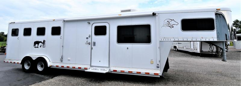 2004 Sooner SE428 w/10' Duster Conversion Horse Trailer