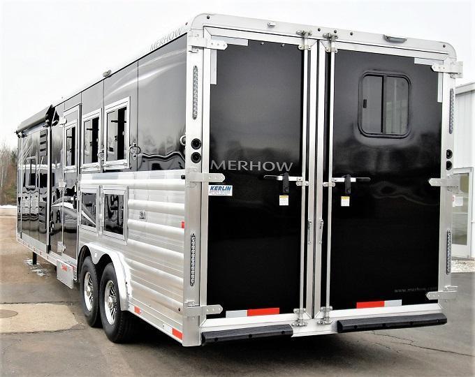 2021 Merhow Trailers Stampede 8314 Dual Steps Horse Trailer