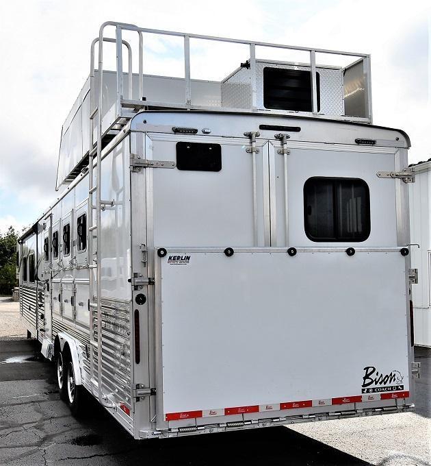 2020 Bison Trailers Premiere 8417 Horse Trailer