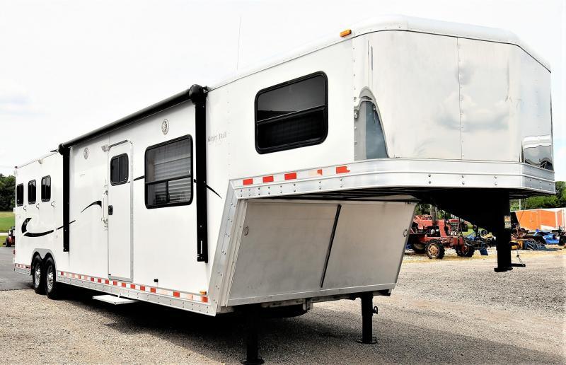 2004 Kiefer Built Genesis SE143 Horse Trailer