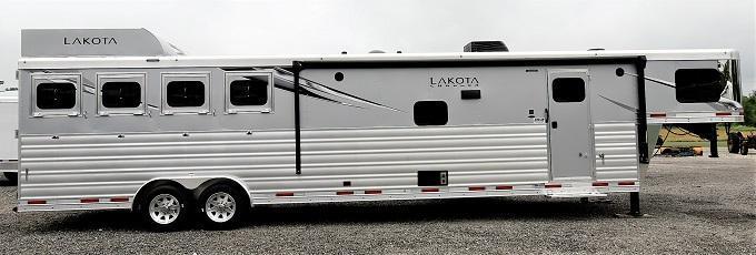 2022 Lakota 8415 Charger Horse Trailer