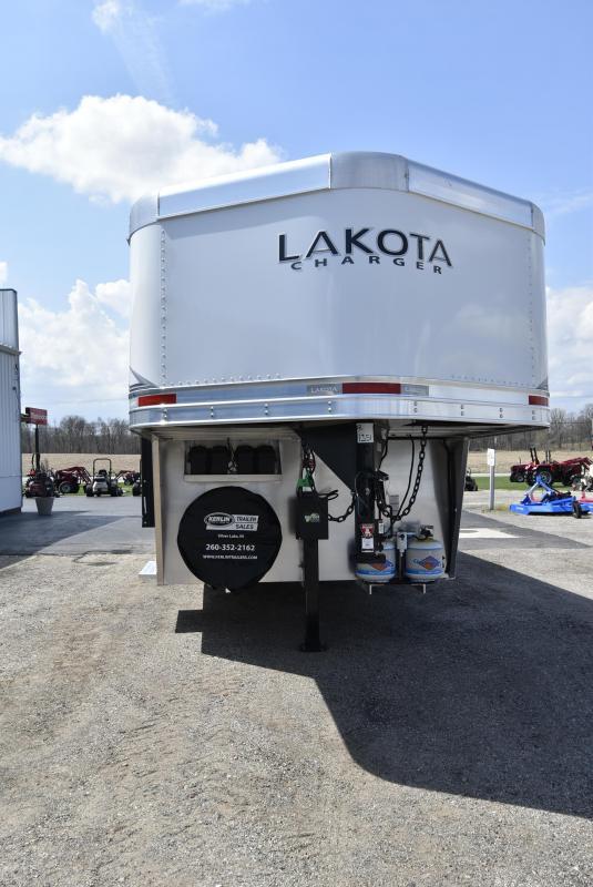 2021 Lakota Charger Horse Trailer